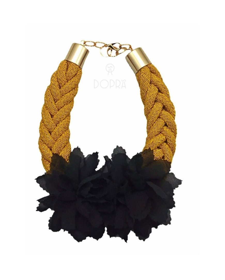 COLLAR LOVE FLOR NEGRA